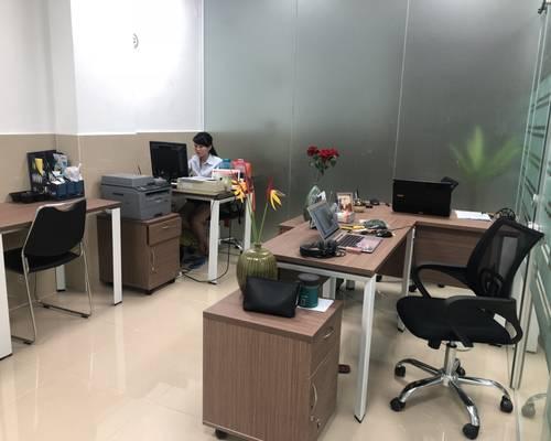 Văn phòng Lầu 4, DT 15m2 vừa 3-5 người, dịch vụ trọn gói, giá rẻ ưu đãi chỉ 5tr9/th, 64 Võ Thị Sáu