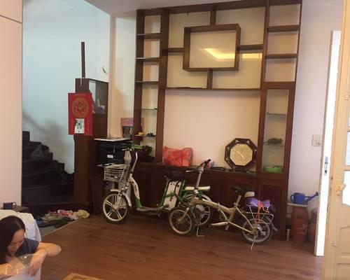 Cho thuê nhà nguyên căn ngõ phố Thái Hà, Đống Đa 4 tầng