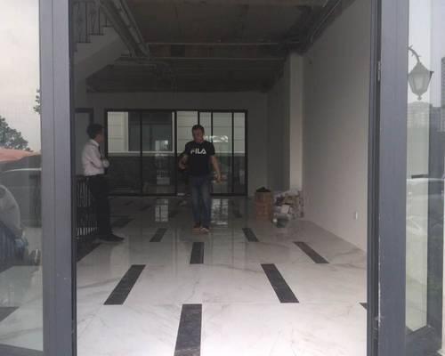 Chính chủ cho thuê biệt thự Làng Viêt kiều Châu ÂU 150 m2 X 3 tầng giá 25tr