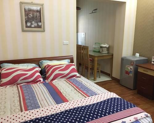 Cần cho thuê căn hộ dịch vụ 28m: Ngọc Hà, Đội Cấn, Đầy đủ tiện nghi