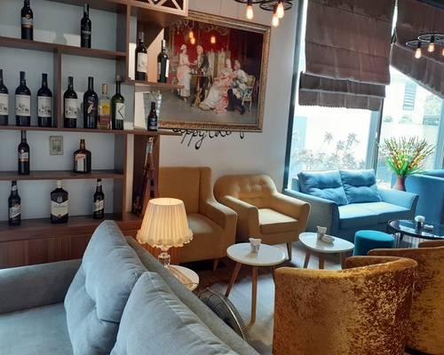 Sang nhượng quán cafe ca nhạc DT 270 m2 MT 18 m 1 trong những QUÁN CAFE RỘNG ĐẸP NHẤT KĐT VĂN QUÁN