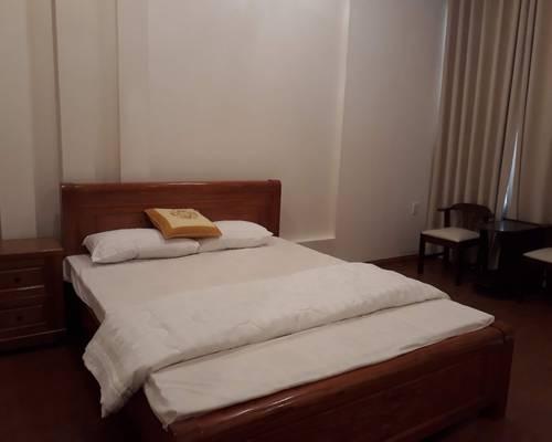 Cho thuê nhà MT đường Hồ Nghinh, Full nội thất, gần biển