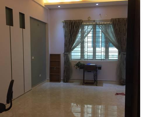 Cho thuê nhà mặt phố trần vỹ 64m2 x 5 tầng, 2 mặt tiền kinh doanh,vp