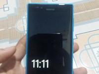 Cần bán lumia 720 mới 99