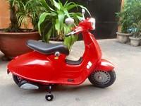 Xe máy điên trẻ em vespa 8820 tại nha trang