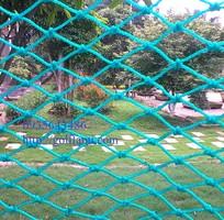 2 Lưới che chắn bóng golf