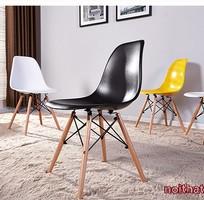 3 Ghế nhựa chân gỗ mẫu mới nhất 2016 cho nhà hàng, quán cafe, quầy bar Eames E01