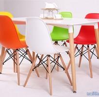 9 Ghế nhựa chân gỗ mẫu mới nhất 2016 cho nhà hàng, quán cafe, quầy bar Eames E01