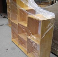 Giá để đồ chơi 7 khoang bằng gỗ thông tự nhiên
