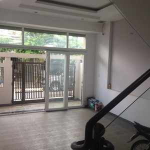 Cho thuê nguyên căn- nhà MỚI, 100m2, đường Phan Văn Hớn, p.Tân Thới Nhất, q.12,  TRỆT 3 LẦU