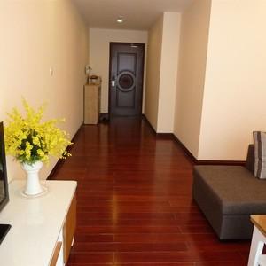 Chính chủ cần bán gấp căn hộ R1  Roayl city giá siêu rẻ