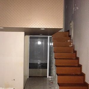 Cho thuê KIOT số 7-CT2A, Khu ĐTM Mỹ Đình 2  60m2 sàn, gác xép, đã sửa đẹp, 2 mặt thoáng  15tr/tháng
