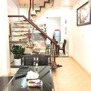 Bán nhà trung tâm Hà Nội khu đất bộ đội xây mới 5 tầng có thể ở ngay hoặc kinh doanh