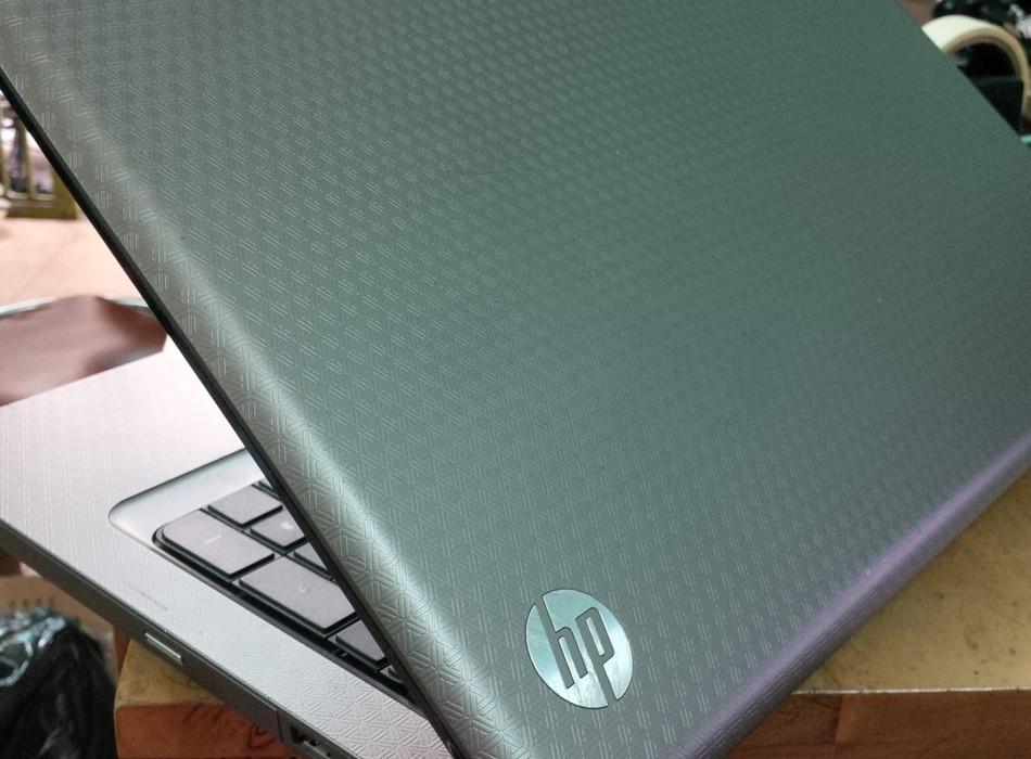 HP G72, Core i5/4G/500G 17.3 - 4