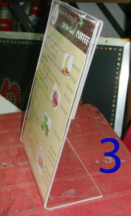 10 Sản xuất menu mica để bàn,kệ tờ rơi bằng mica