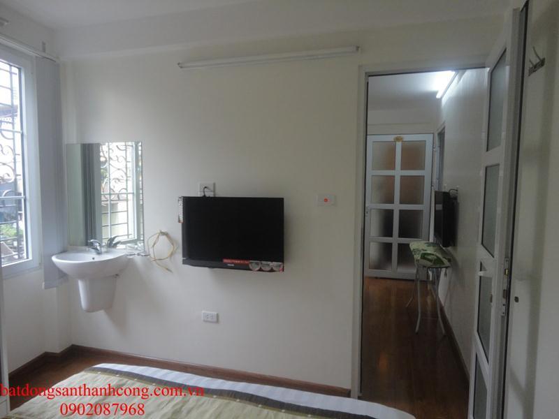 16 Cho thuê căn hộ dịch vụ cao cấp đầy đủ tiện nghi phố Đường Thành Hàng Da