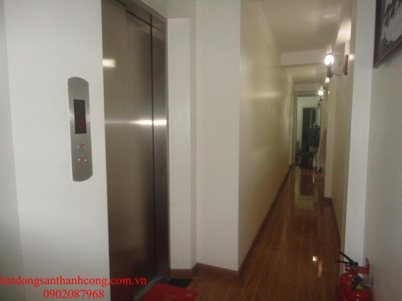 17 Cho thuê căn hộ dịch vụ cao cấp đầy đủ tiện nghi phố Đường Thành Hàng Da