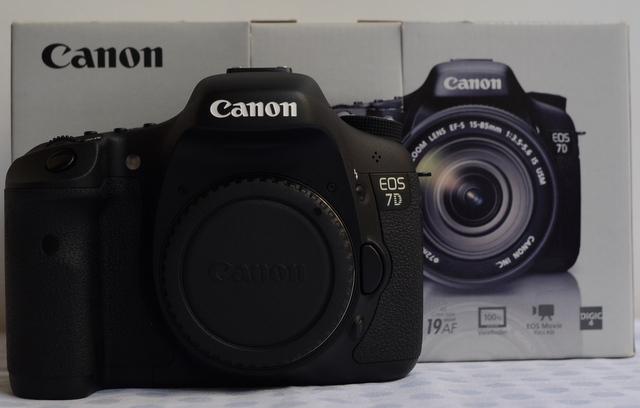 2 Máy ảnh Đà Nẵng Chuyên máy ảnh 2nd Canon Nikon Pentax hàng Nội địa Nhật. Chất lượng, Giá rẻ, Uy tín