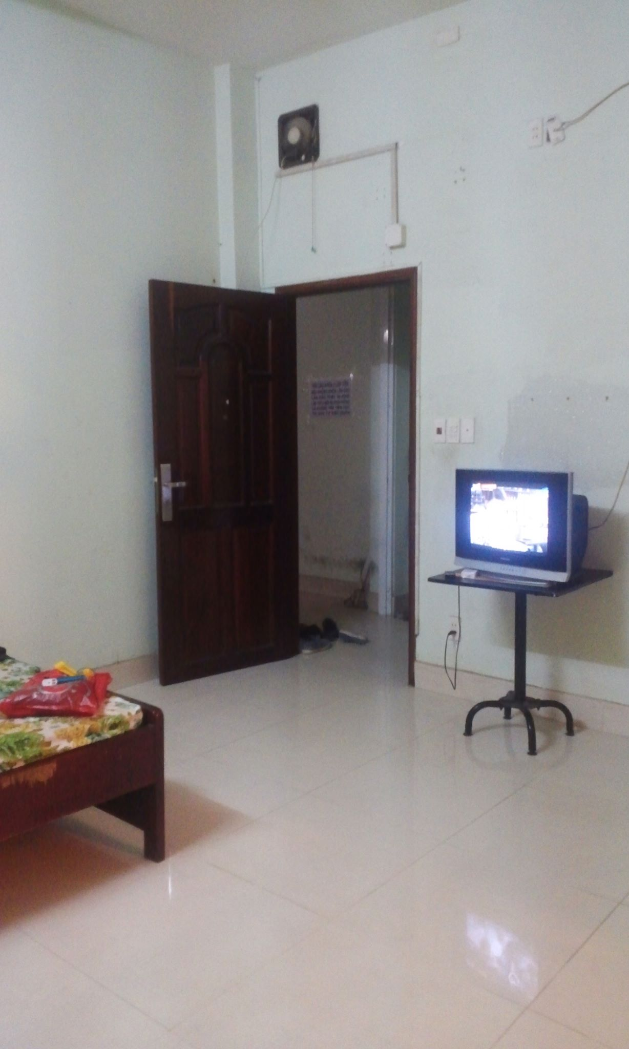 4 Phòng trọ giá rẻ quận Bình Tân, đầy đủ tiện nghi, giá 900K - 1,4 triệu/tháng