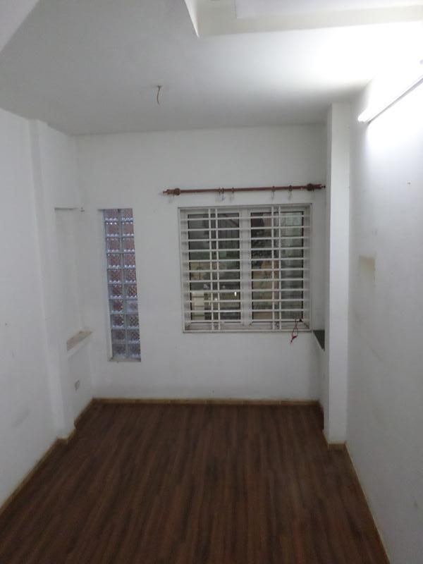 3 Cho thuê nhà riêng phố đặng thái thân - phạm ngũ lão 40m2 x 4 tầng giá 11,5tr