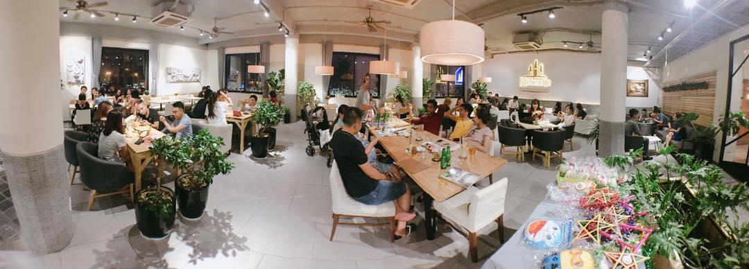 1 Sang nhượng nhà hàng coffe kiểu Âu Kitchenette Cafe ở 52 Nguyễn Chí Thanh
