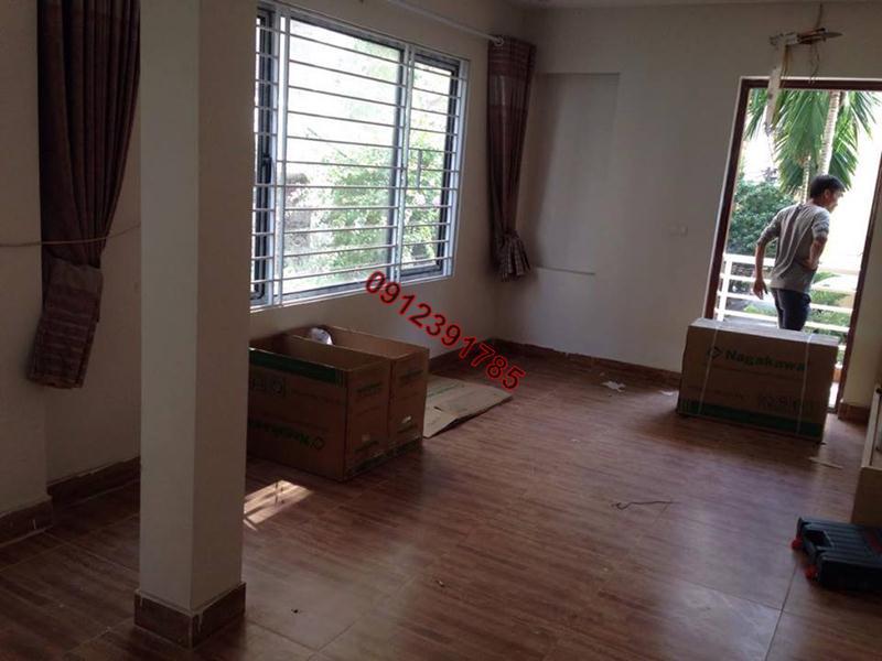 1 Cho thuê chung cư thang máy đủ đồ phố Đê La Thành Hào Nam