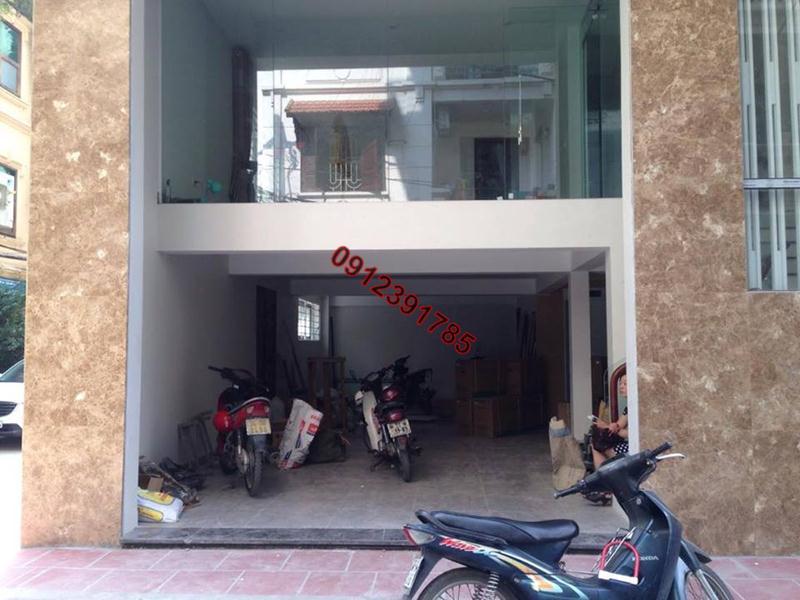 4 Cho thuê chung cư thang máy đủ đồ phố Đê La Thành Hào Nam