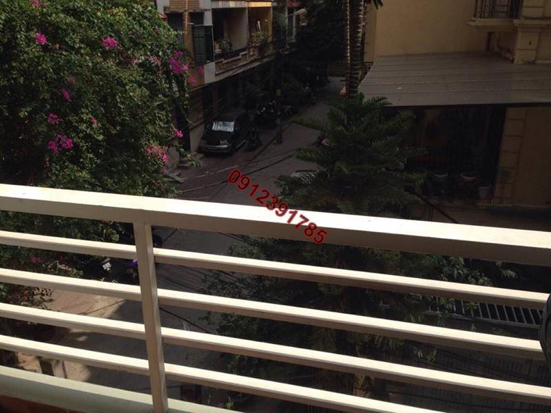 6 Cho thuê chung cư thang máy đủ đồ phố Đê La Thành Hào Nam