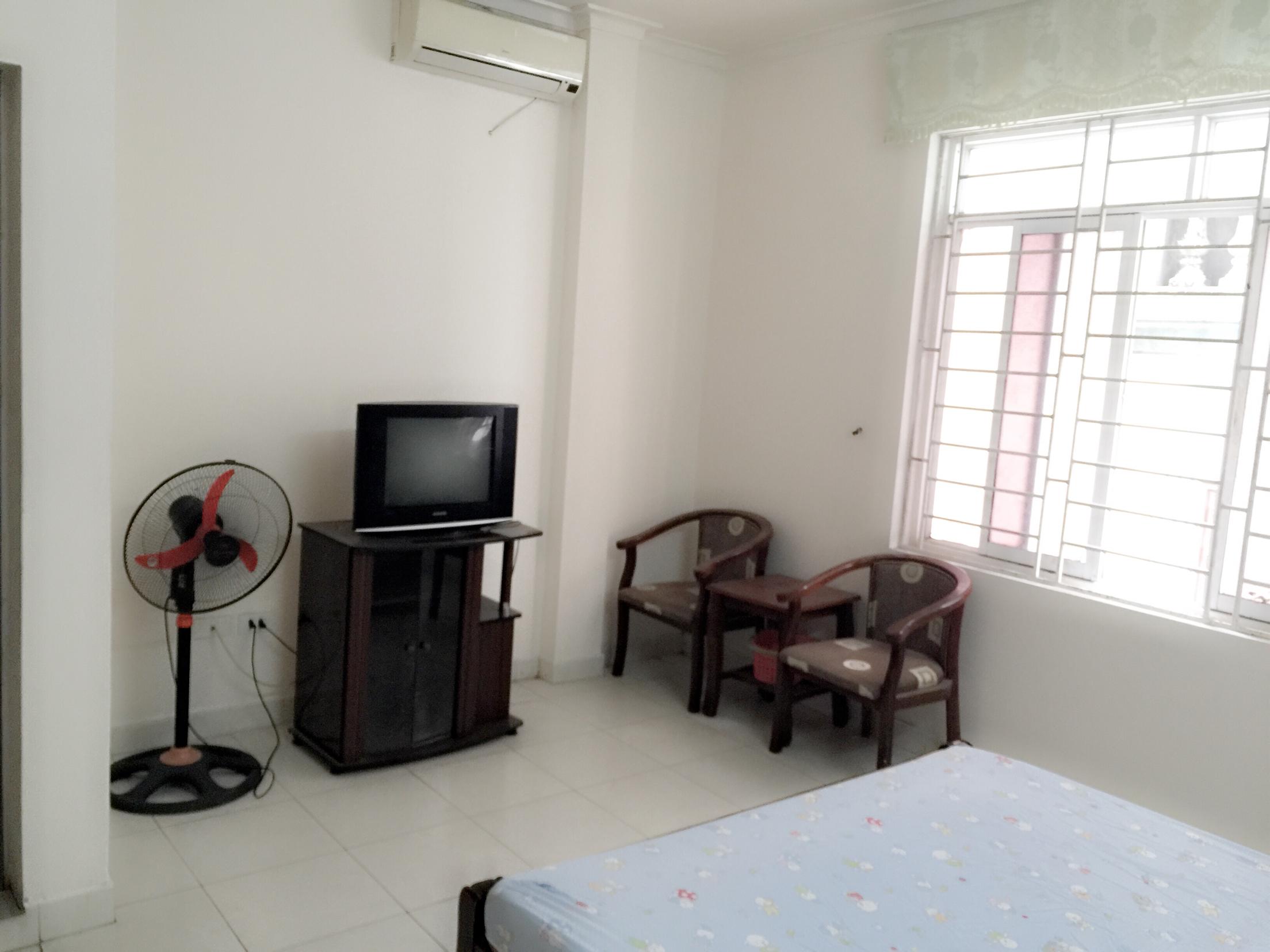 2 Cho thuê phòng khép kín, riêng chủ ngõ 48 Nguyễn Khánh Toàn