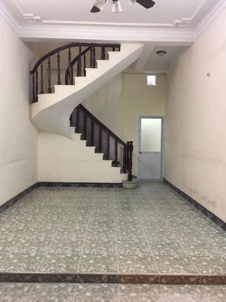 3 Cho thuê phòng trọ 15-22m2 giá 1tr5-2tr5 ngõ 281 Tam Trinh, gần cầu Mai Động