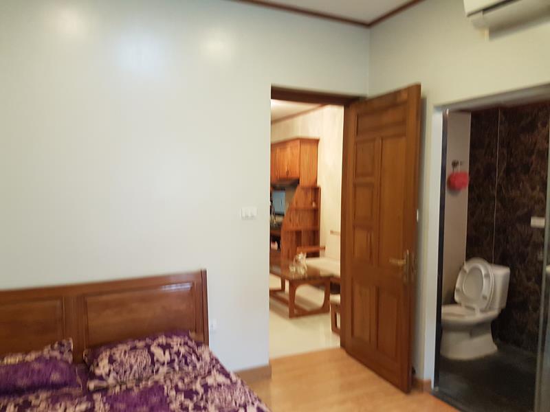 8 Cho thuê căn hộ đủ đồ Giảng Võ - Ngọc Khánh mới đẹp