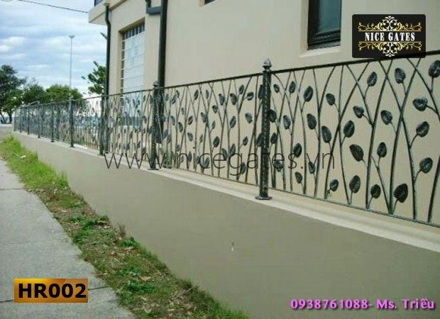 1 Tường Rào Bằng Sắt Hộp