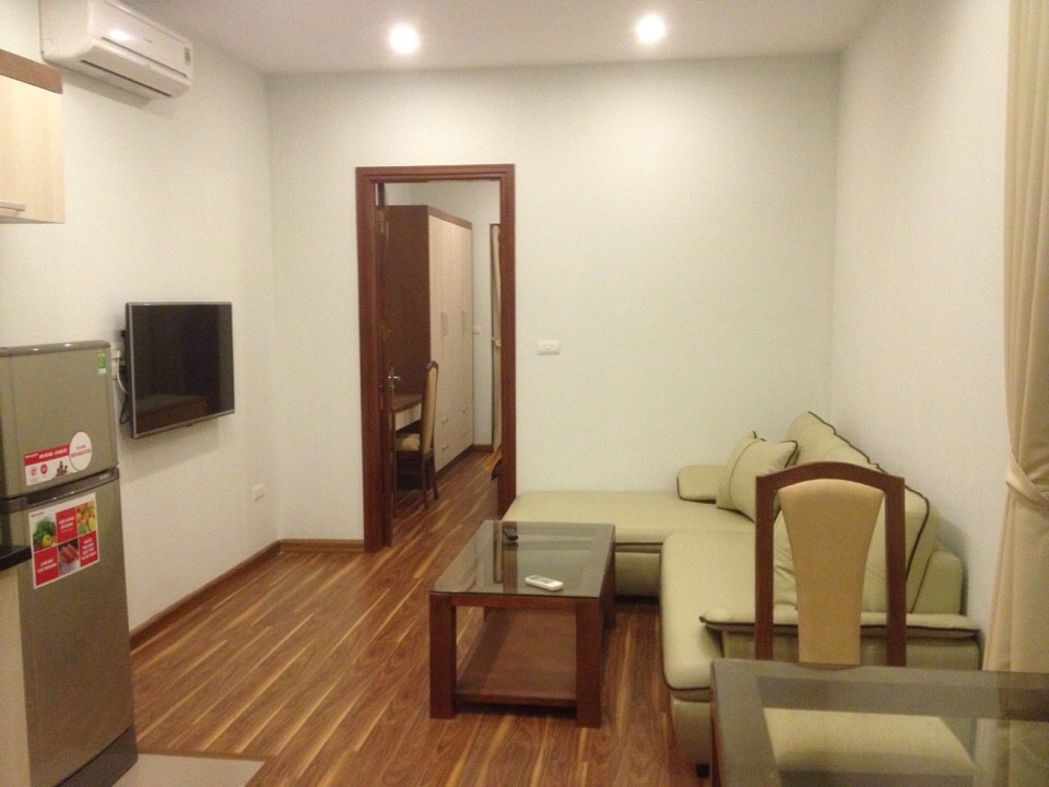 5 Cho thuê căn hộ mới đủ đồ phố Kim Mã DT 55m2 1PK 1PN giá 8,5tr