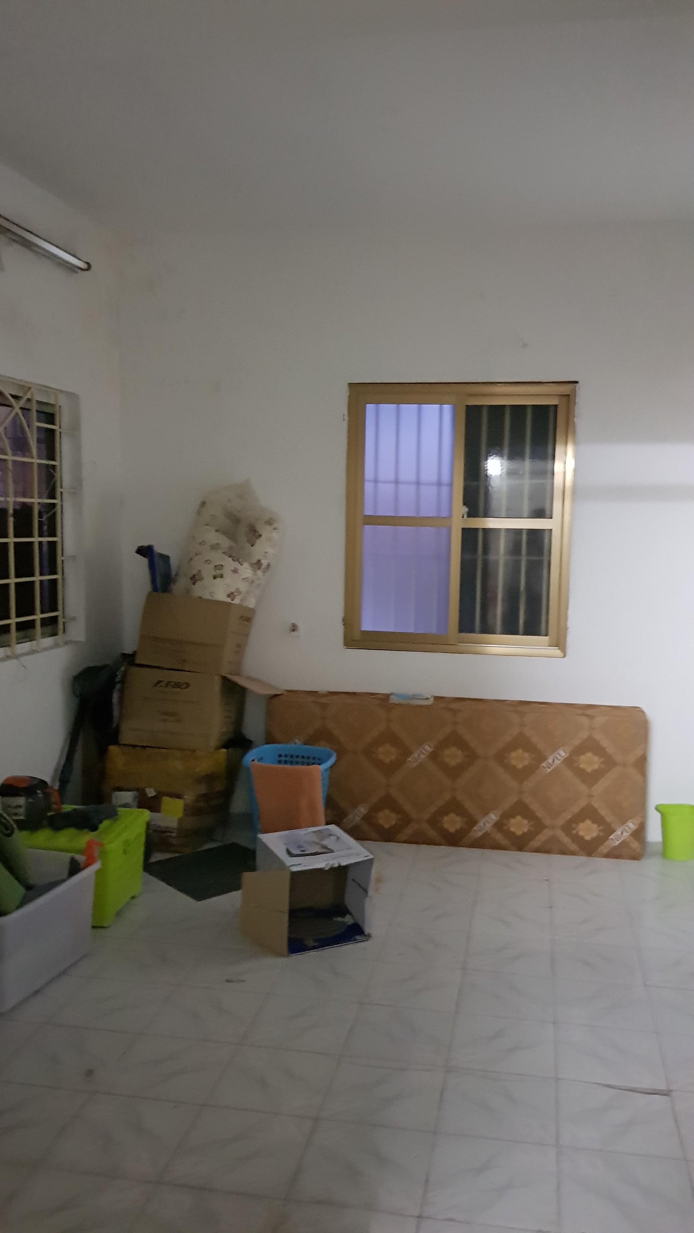 3 Bán tập thể tầng 3 phố Vũ Ngọc Phan, Nam Thành Công, Láng Hạ, giá 2.1 tỷ
