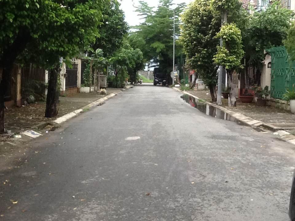 2 Cần cho thuê nhà nguyên căn  Khu Biệt Thự Nam Long, đường Đỗ Xuân Hợp, Quận 9 HCM.