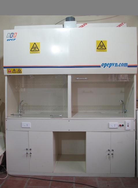 4 Tủ hút khí độc