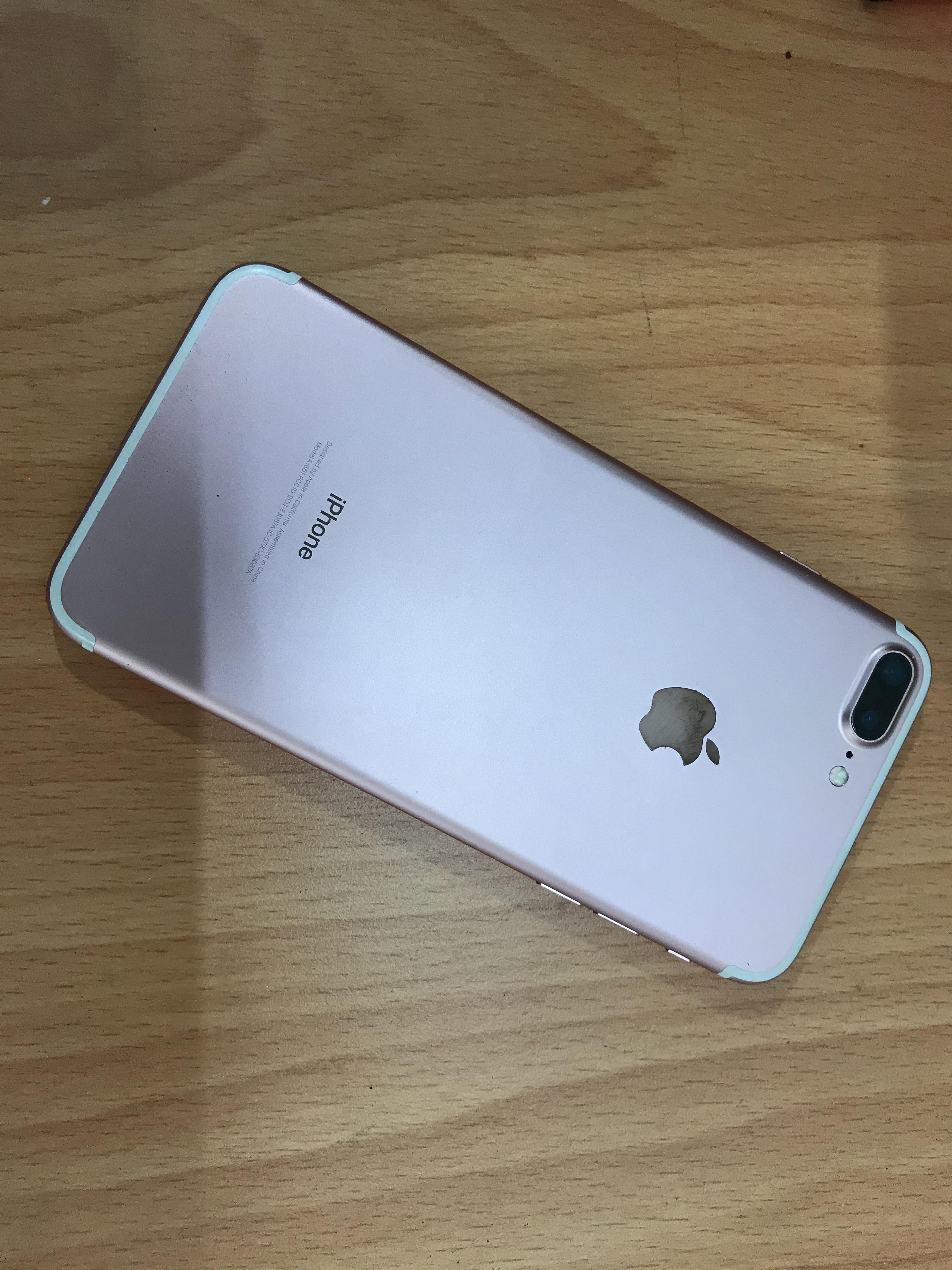 1 IPhone 7 plus 128gb hồng mới 99,9999 quốc tế