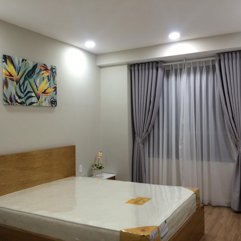 2 Cần cho thuê căn hộ 2 PN Căn hô Gold View, giáp quân 1