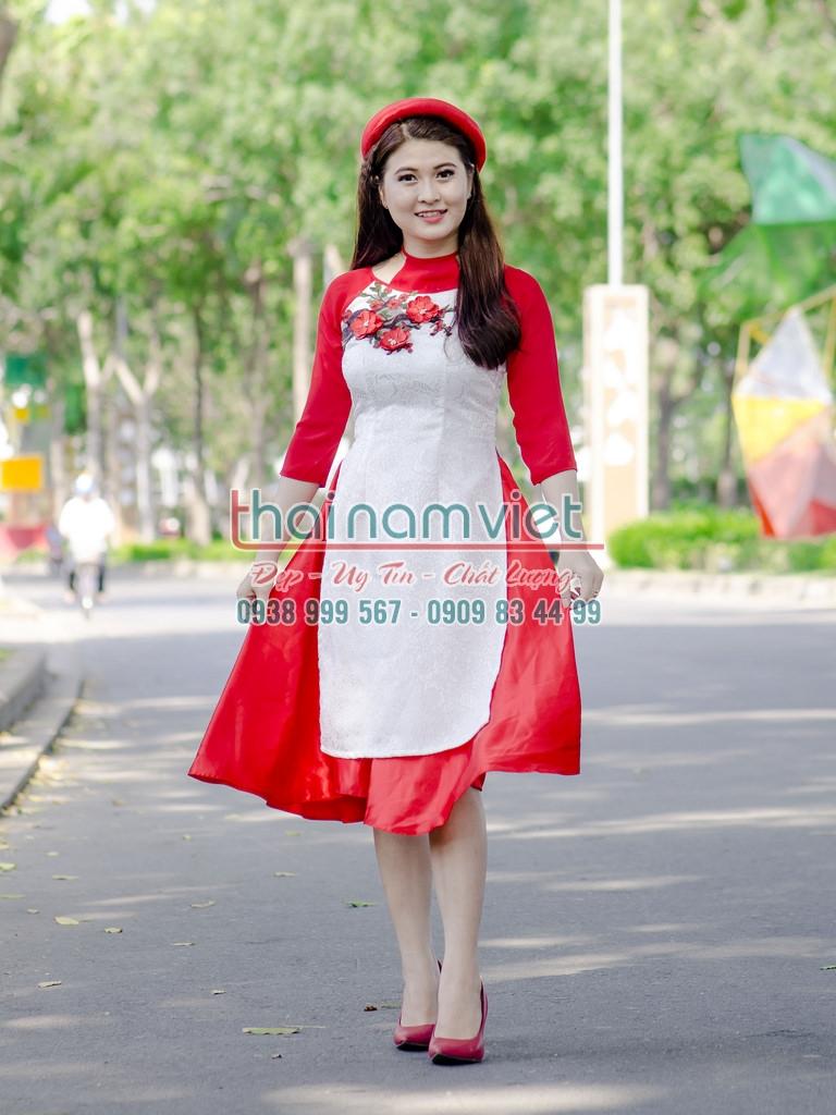 19 Cho thuê áo dài bưng quả nam nữ tại quận tân phú
