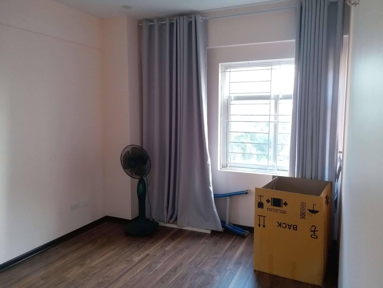 4 Cho thuê chung cư K1 Việt Hưng 80m2, nội thất mới, 2 ban công, 3 điều hòa, 2 PN, 1 WC