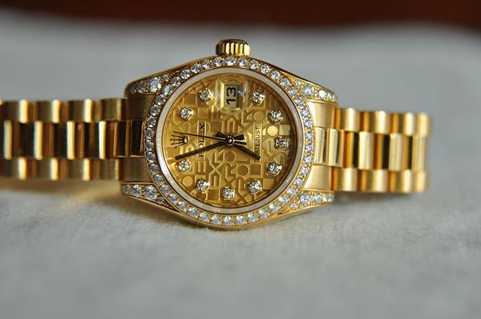 Tissot, Omega Thụy Sỹ, Rolex Malaysia 1.498USD giảm giá còn 415USD - 32