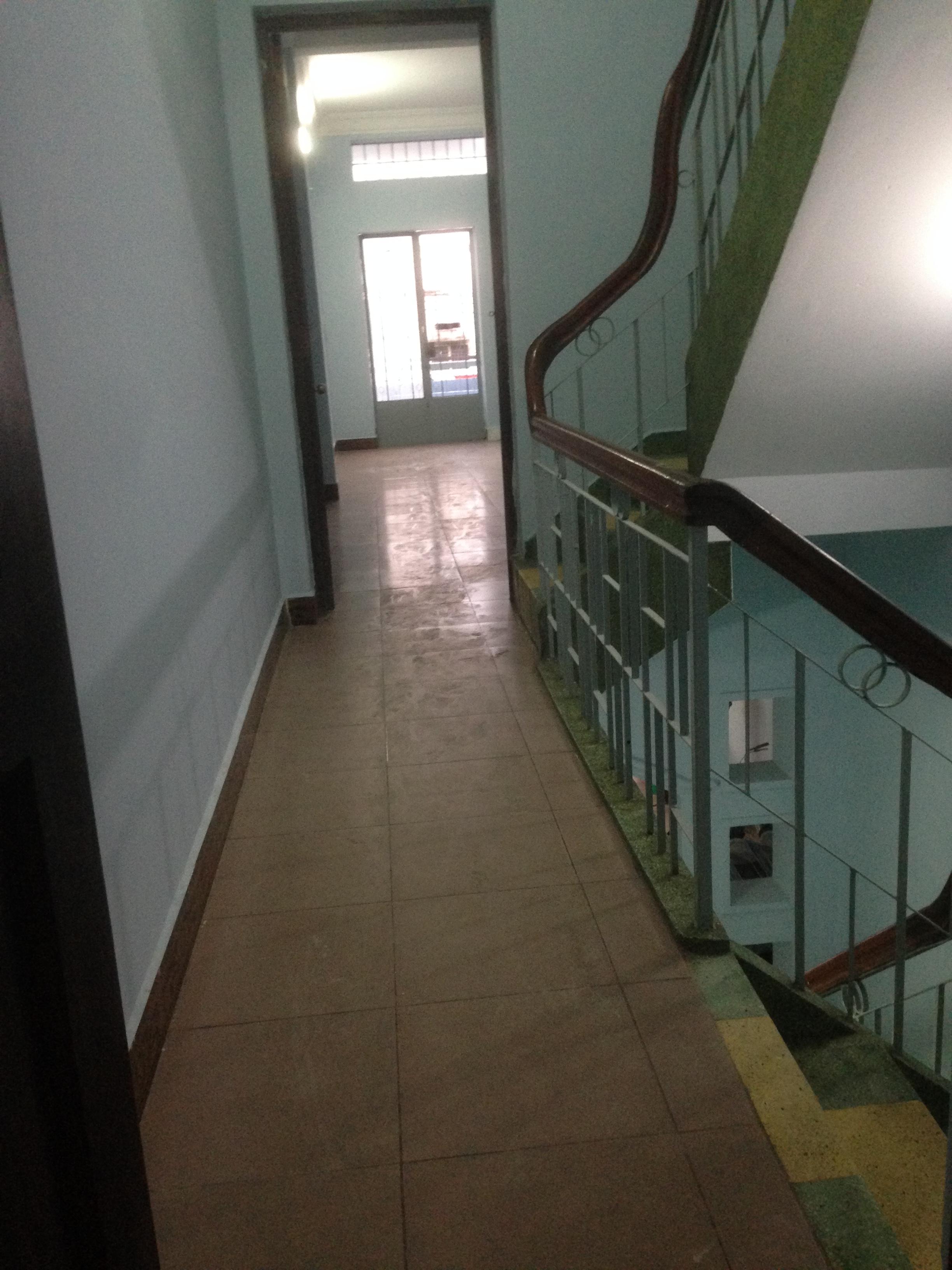 2 Phòng rộng 25m2, CÓ SÂN THƯỢNG RIÊNG 30M2- 313 Đinh Bộ Lĩnh, gần Hàng Xanh, 3.5 triệu/tháng