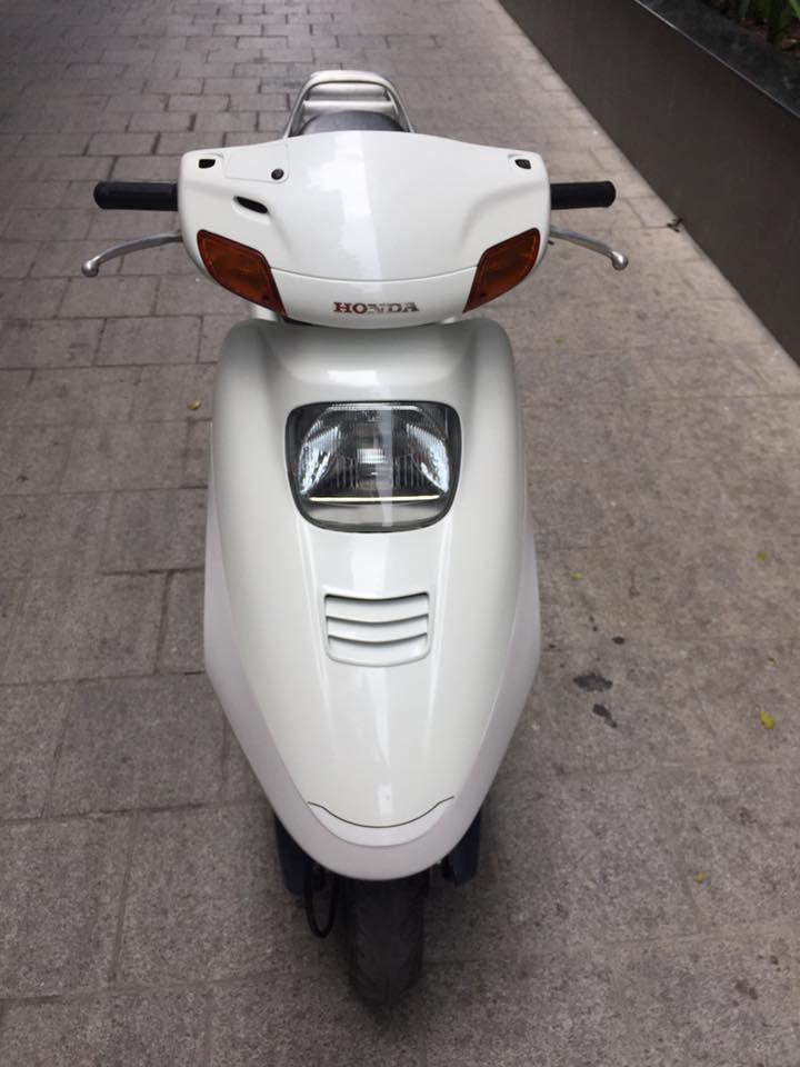 Cần bán xe spacy 125cc nhập khẩu, màu trắng, đời chót 2009, nguyên bản
