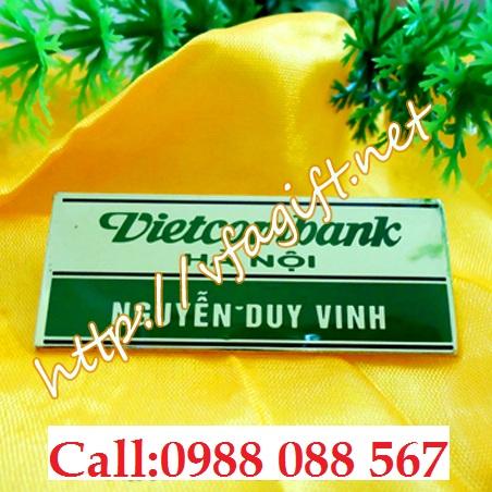Cơ sở in thẻ tên đeo áo,xưởng làm thẻ tên nhân viên,thẻ tên bền đẹp,cung cấp thẻ tên