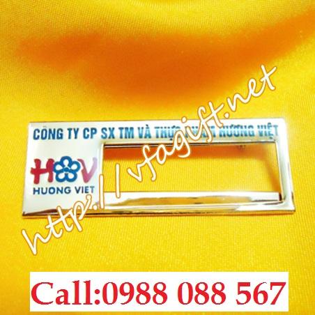 4 Cơ sở in thẻ tên đeo áo,xưởng làm thẻ tên nhân viên,thẻ tên bền đẹp,cung cấp thẻ tên