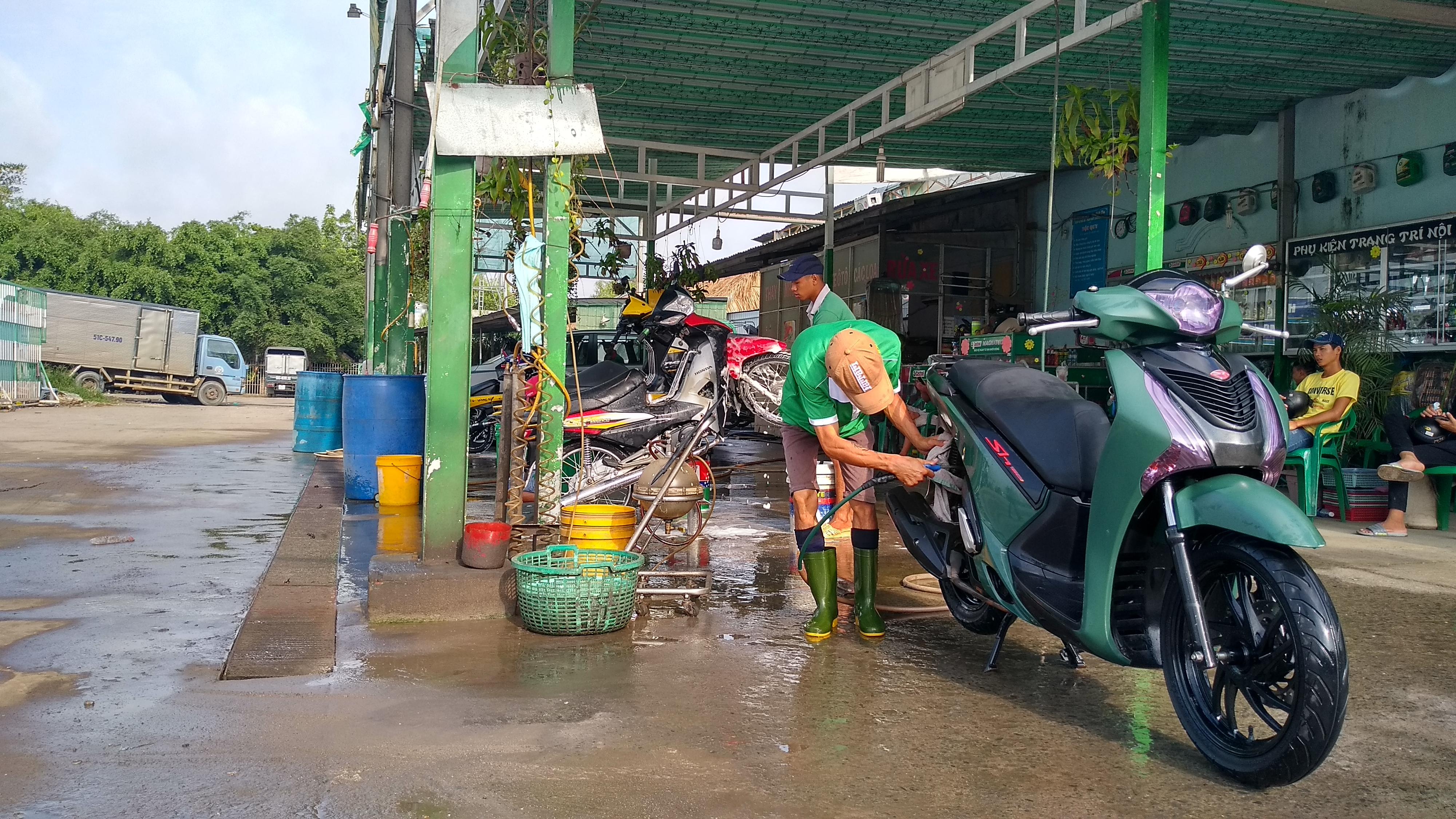 8 Rửa xe sach nhất Hóc Môn - Rửa xe Bích Thu