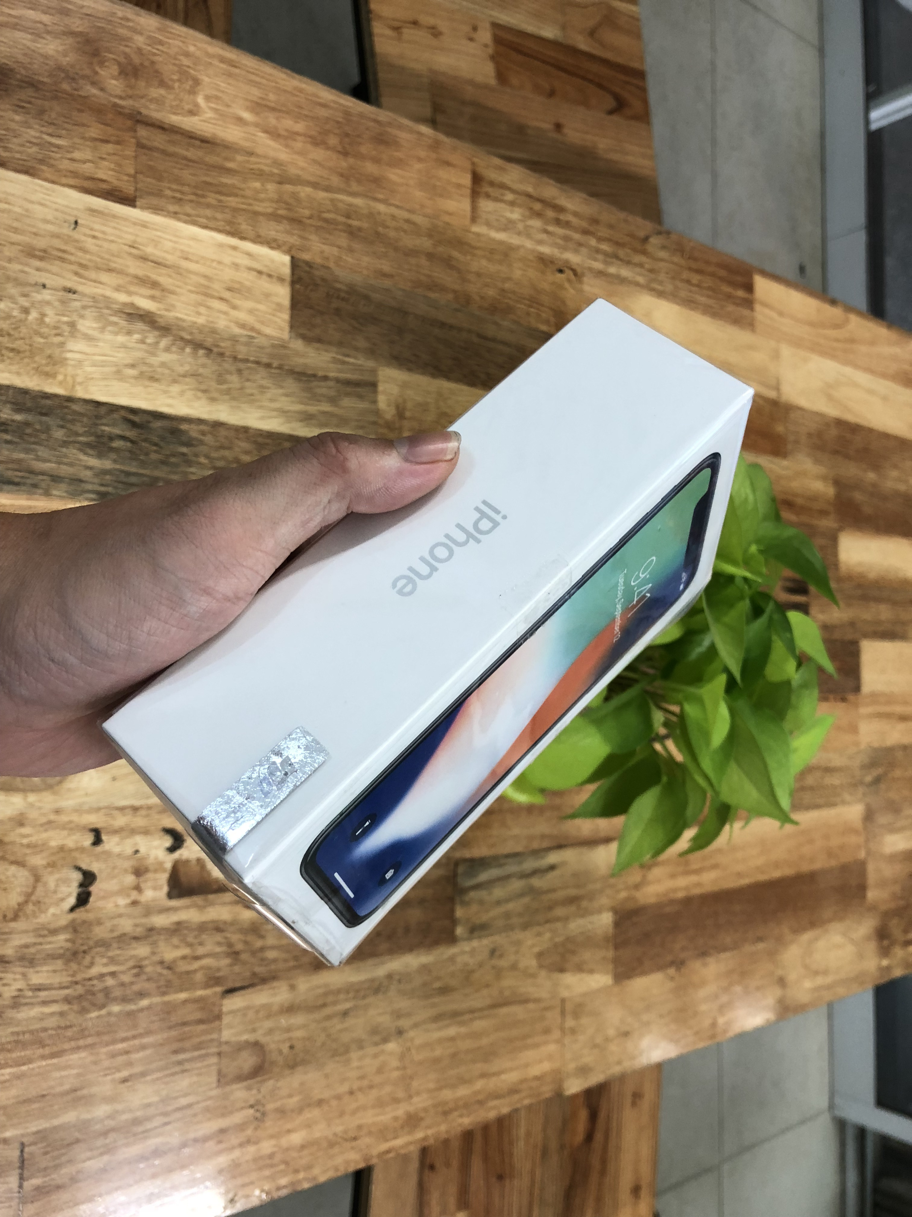 1 IPhone X 64Gb Trắng FPT Vn/a Mới 100  tại 2C MOBILE