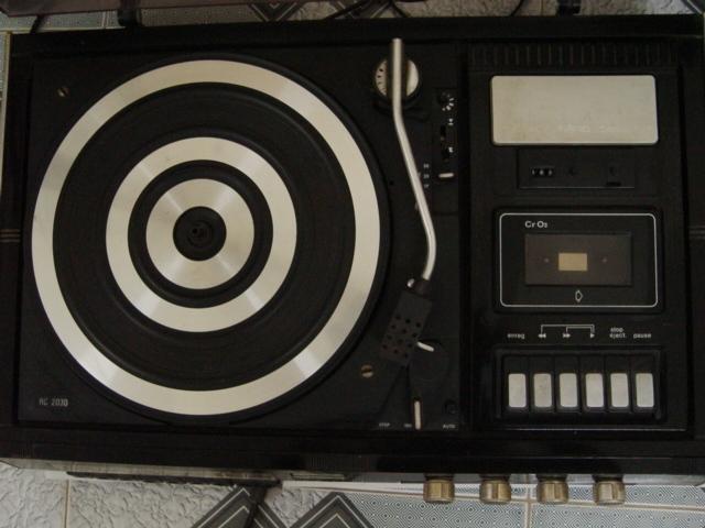 5 Bộ dàn độc nhất vô nhị Thomson Compact, Radio, Cassette không kèm loa sản xuất tại Pháp