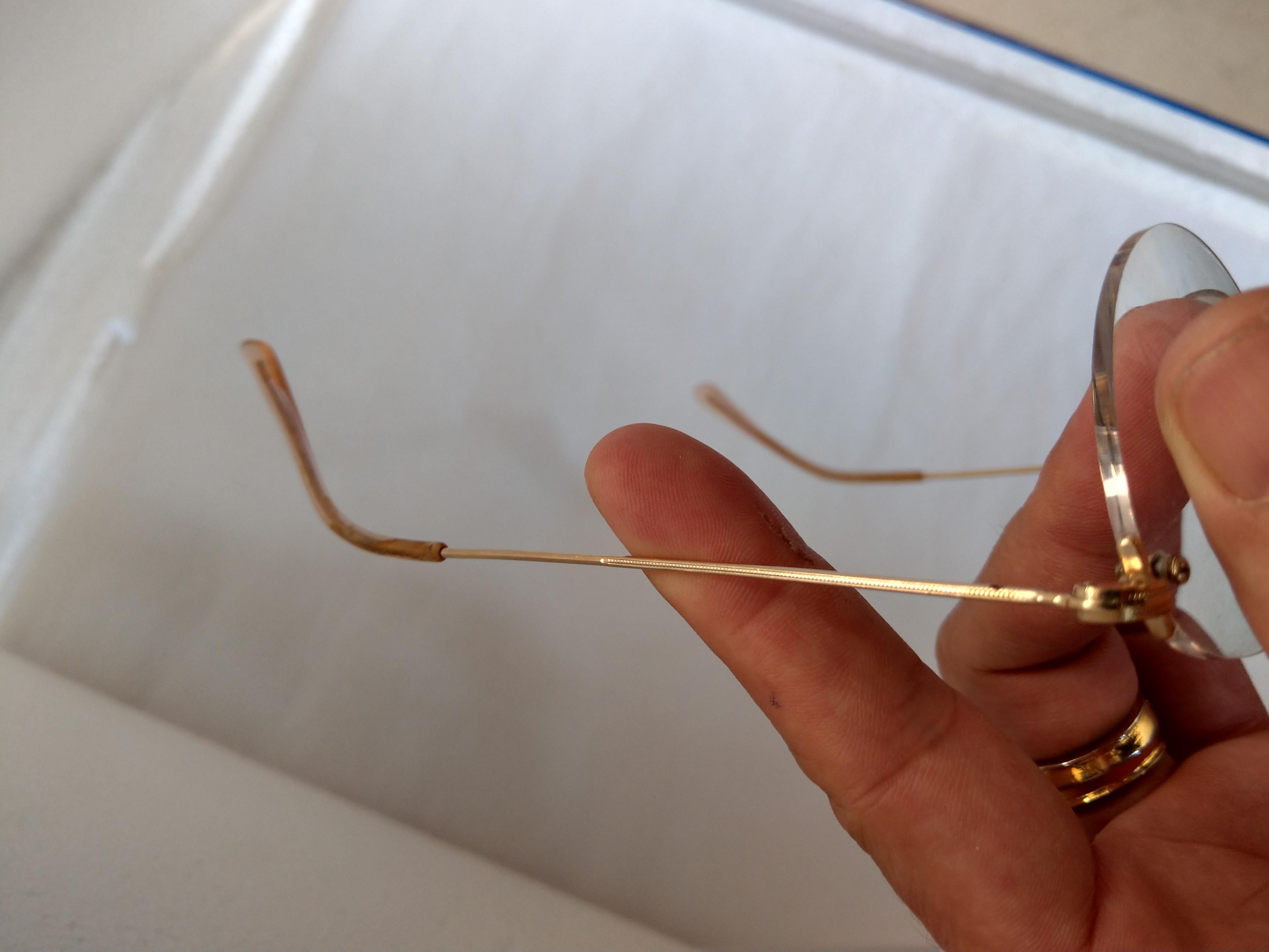 12 Có 3 cái kính mới về Essel    Hery Jullen   Double Lamine  bọc vàng của Pháp.