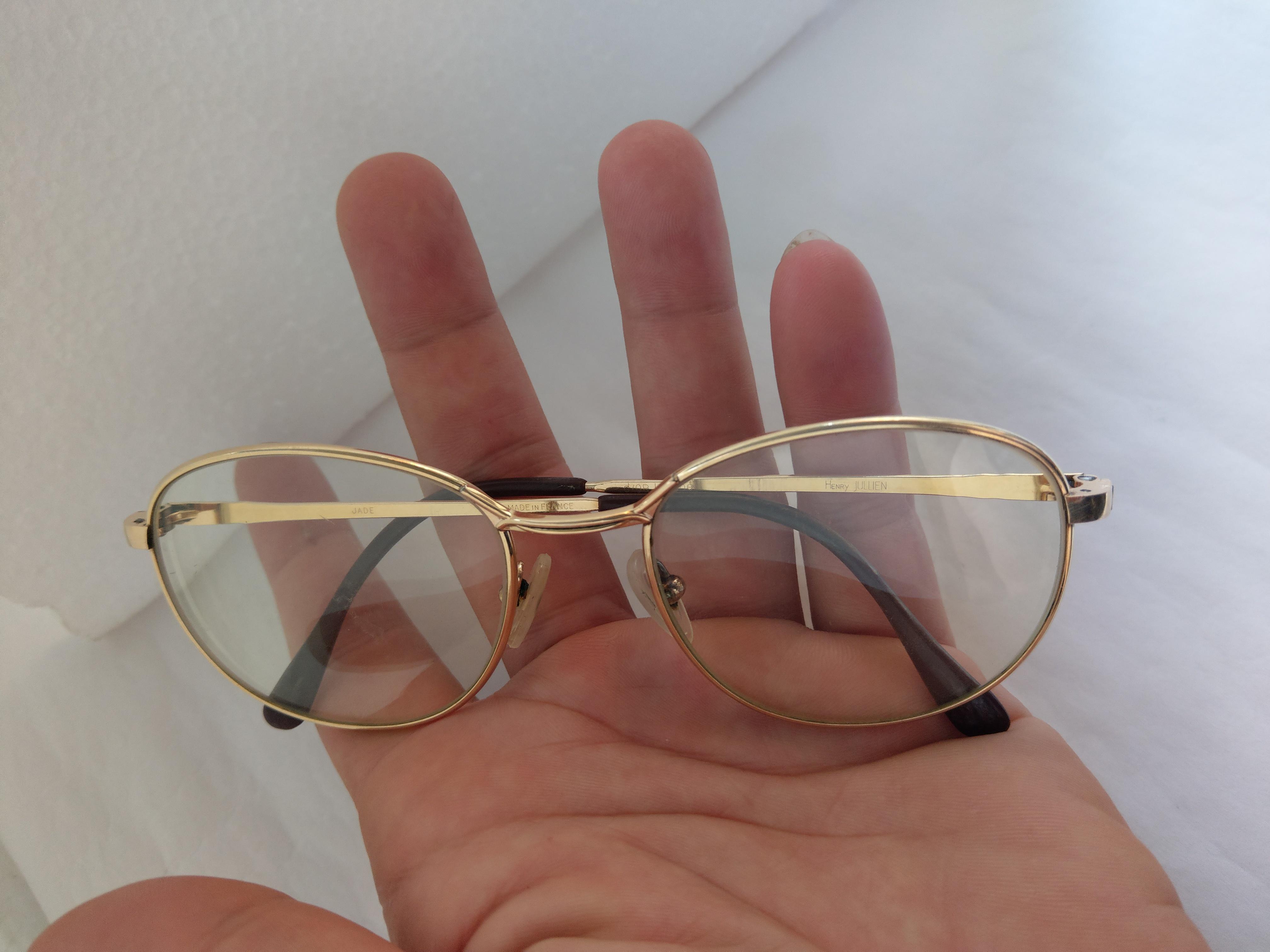 18 Có 3 cái kính mới về Essel    Hery Jullen   Double Lamine  bọc vàng của Pháp.